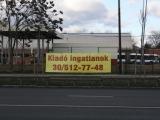 reklámponyva kerítésen